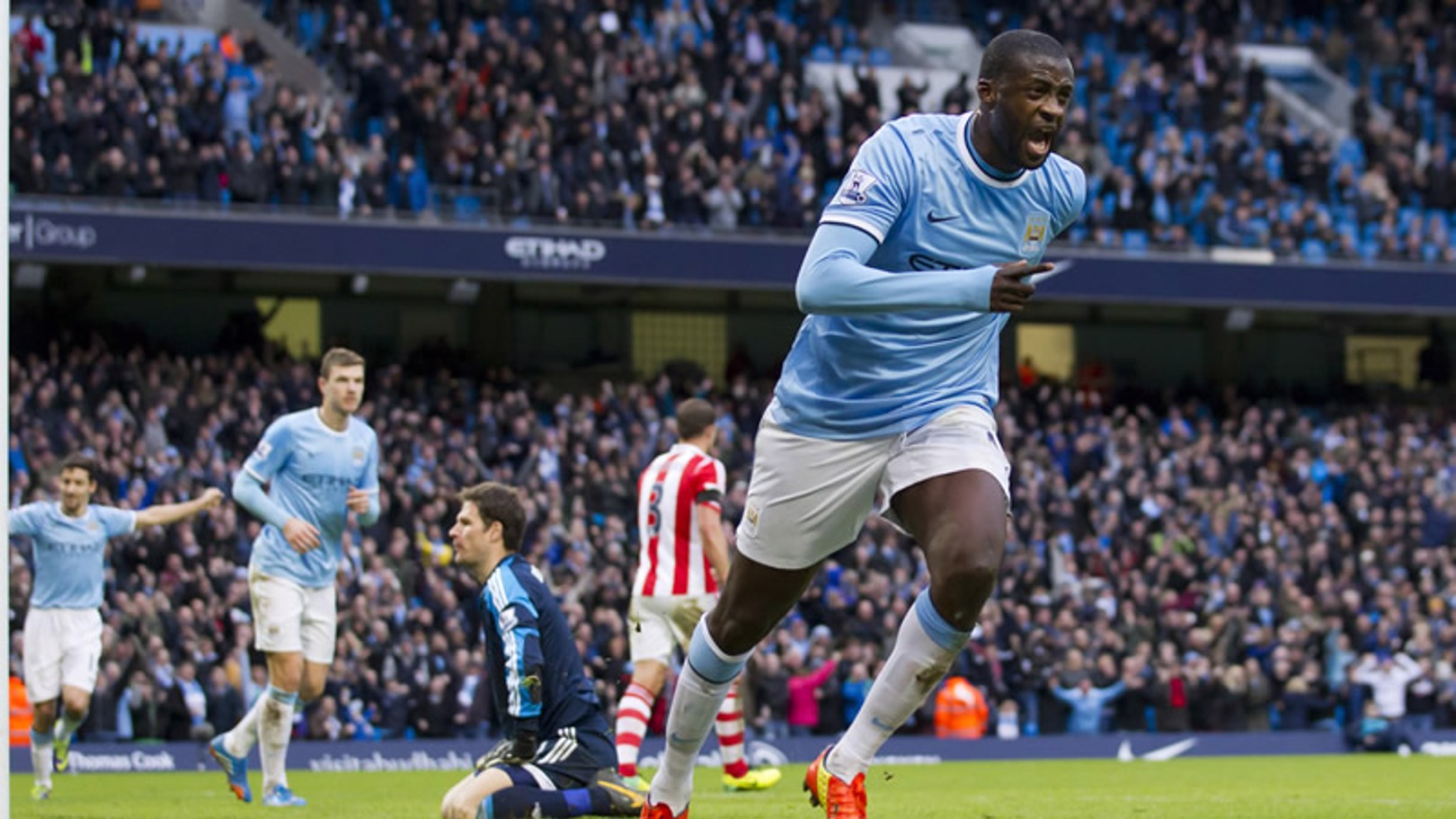Yaya Touré, melhor jogador Etihad em Fevereiro
