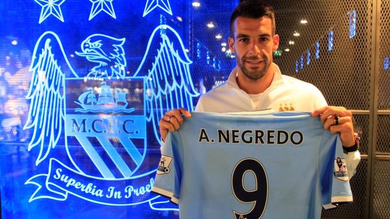 Alvaro Negredo signs for Manchester City d24d920d13457