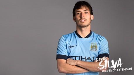 Silva renova com o City por cinco anos