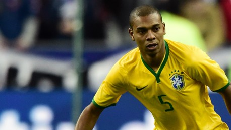 เฟอร์นันดิโน ของบราซิลที่ชนะเกือบนาทีสุดท้าย