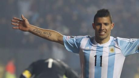 Sergio Agüero de nuevo en la pelea por la bota de oro en la Copa América 2015
