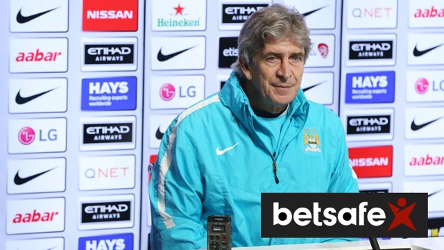 Manuel Pellegrini addresses the media in his Norwich v City press conference