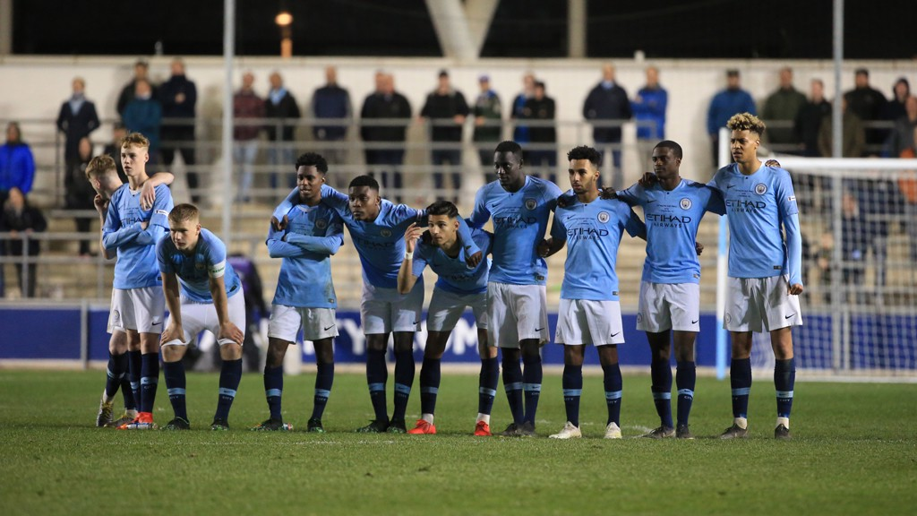 Liverpool beat Manchester City on penalties to win FA Youth Cup