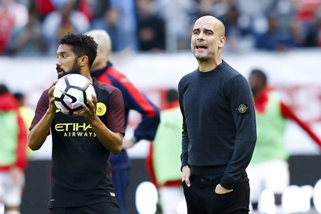 PHOTO OF THE MATCH: Pep issues instructions from the sidelines