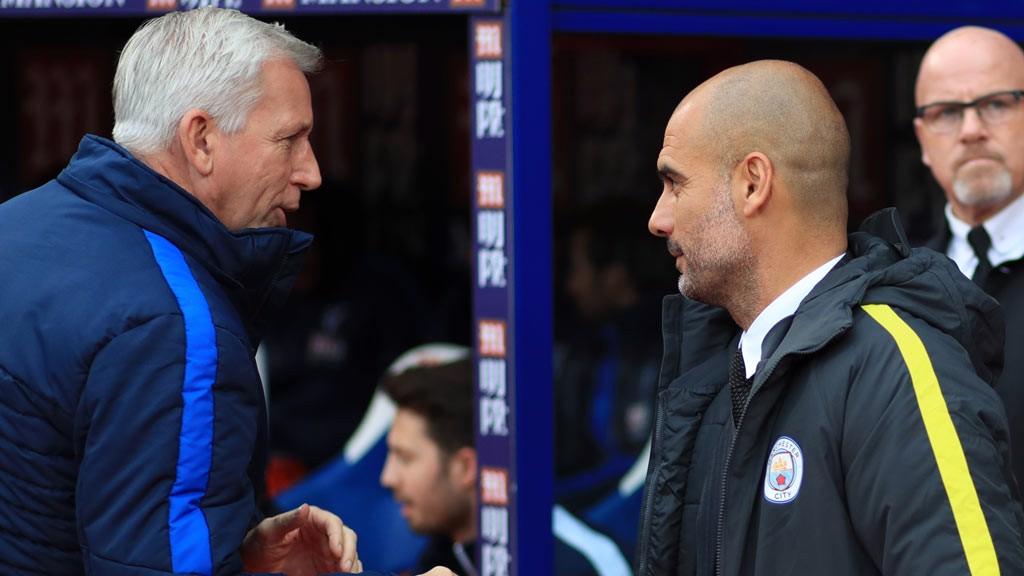 HAND SHAKE - Pep Guardiola shake hands with  Alan Pardew
