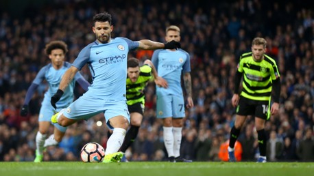 Man City v Huddersfield: Extended Highlights