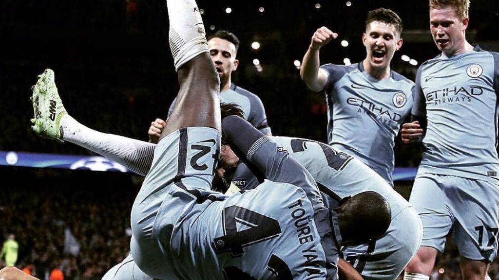 Los jugadores del Manchester City celebran la victoria en un partido trepidante frente al Mónaco.