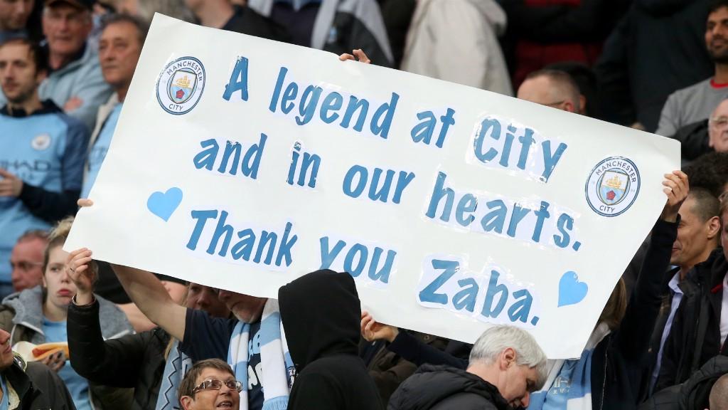 시티의 레전드인 자바레타에게 고마움을 표하는 팬들