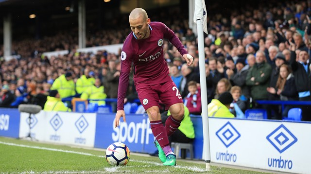 MAGICIAN: David Silva on corner-taking duties.