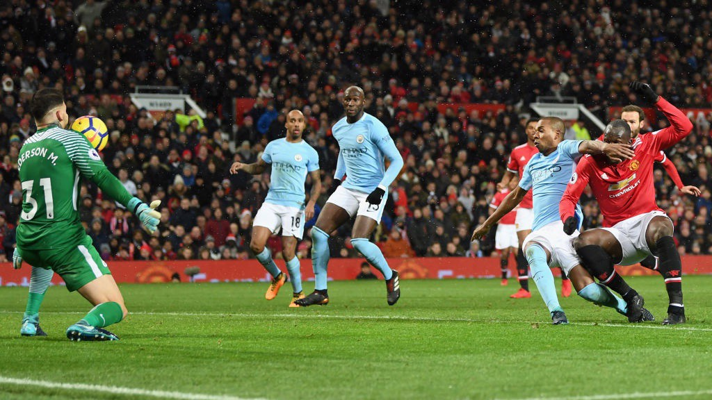 City remporte le 175e derby de Manchester