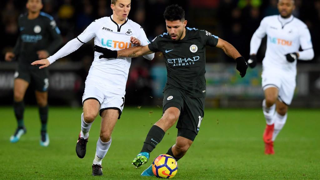 City quebra mais um recorde frente ao Swansea