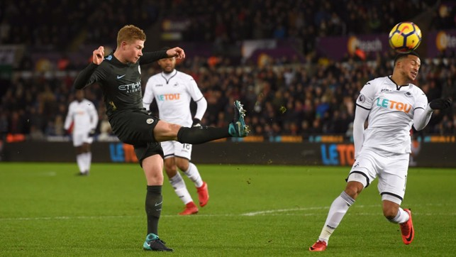 PINPOINT: Kevin De Bruyne delivers a first-half cross.