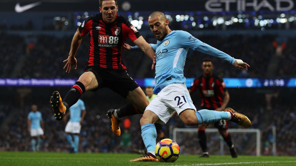 EL MAGO: David Silva in action on his return to the side.