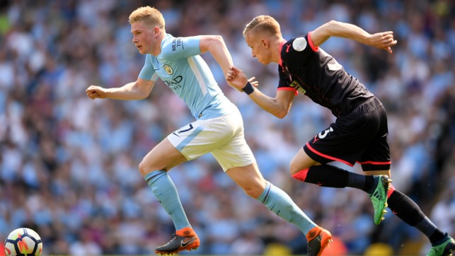 ATTACK: Kevin De Bruyne strides forward
