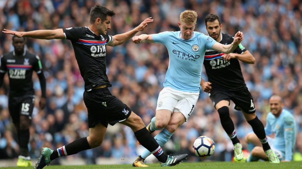 BELGIAN SHUFFLE: De Bruyne in the thick of the action