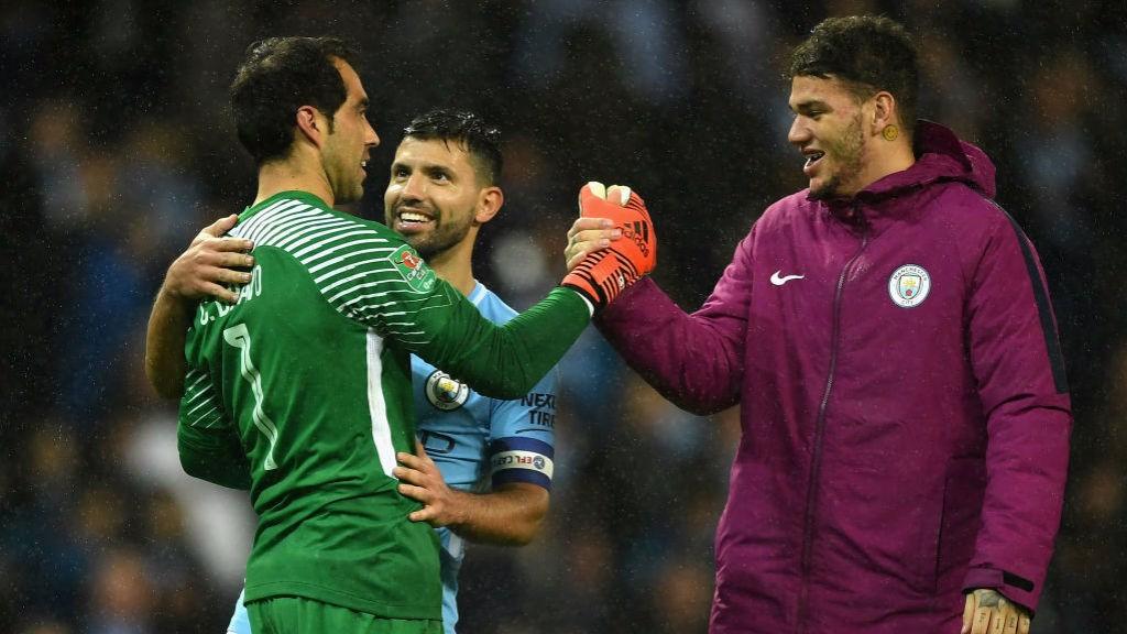 Bravo, héros de City face aux Wolves