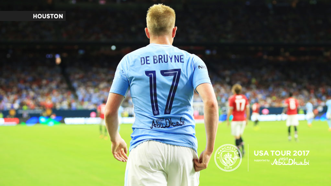 A CITY UNITED: Kevin De Bruyne in action