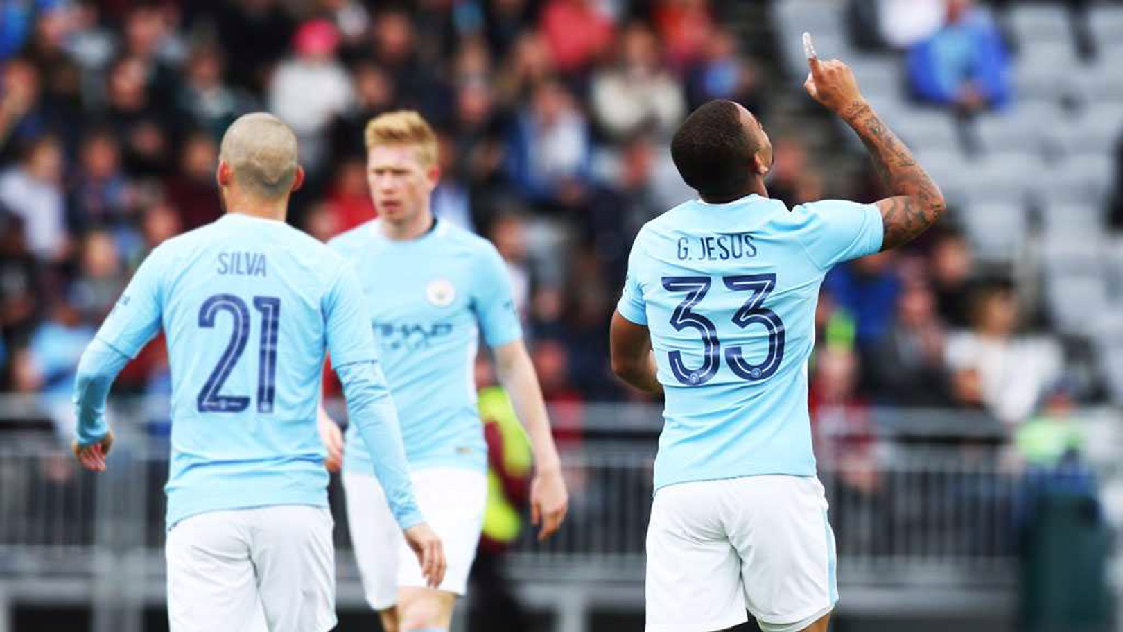 Gabriel Jesus célèbre son but contre West Ham.