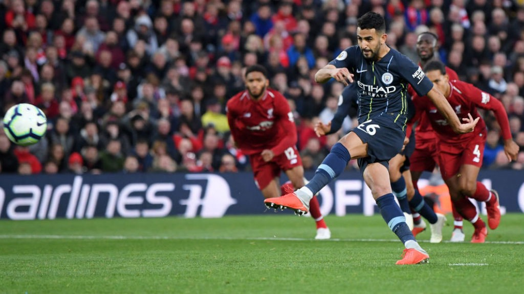 AGONY: Riyad Mahrez is off target with our 87th minute penalty