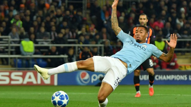 SO CLOSE: Gabriel Jesus almost gets on the end of a dangerous cross