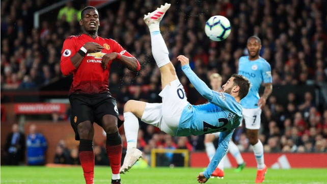 HEAD OVER HEELS: Bernardo tries a spectacular overhead kick