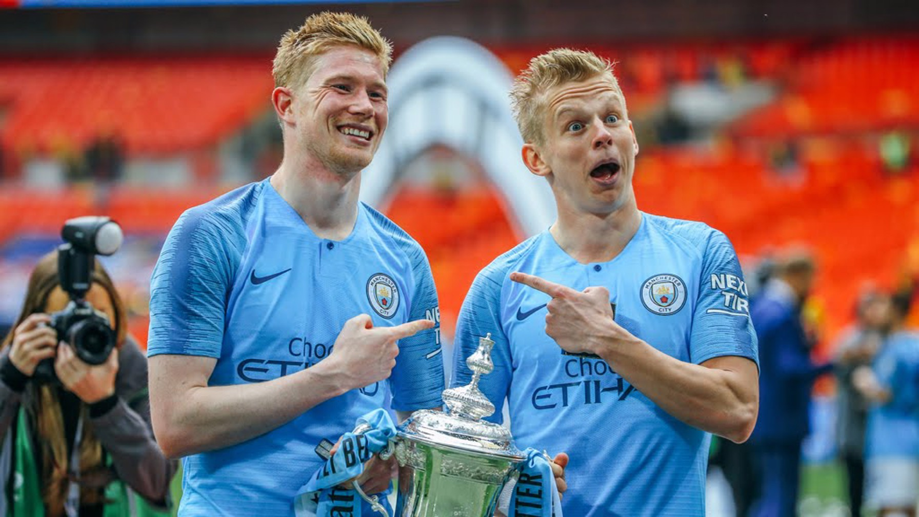 IDENTICAL: Oleksandr Zinchenko and KDB strike a pose