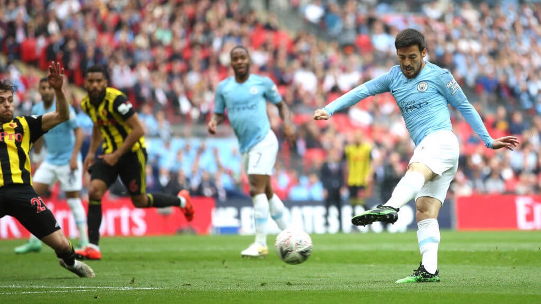 EL MAGO: David Silva opens the scoring