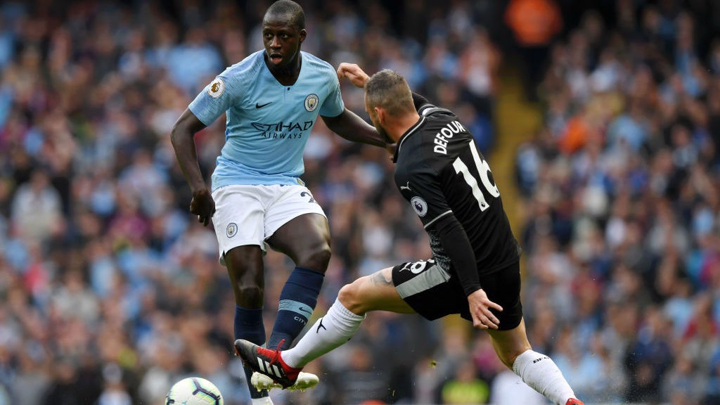 City v Bournemouth: Mendy can learn from Fernandinho says Pep