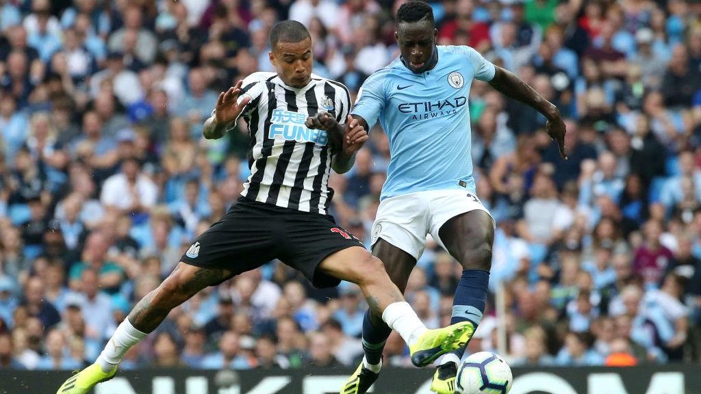 Walker offre à City la victoire face aux Magpies