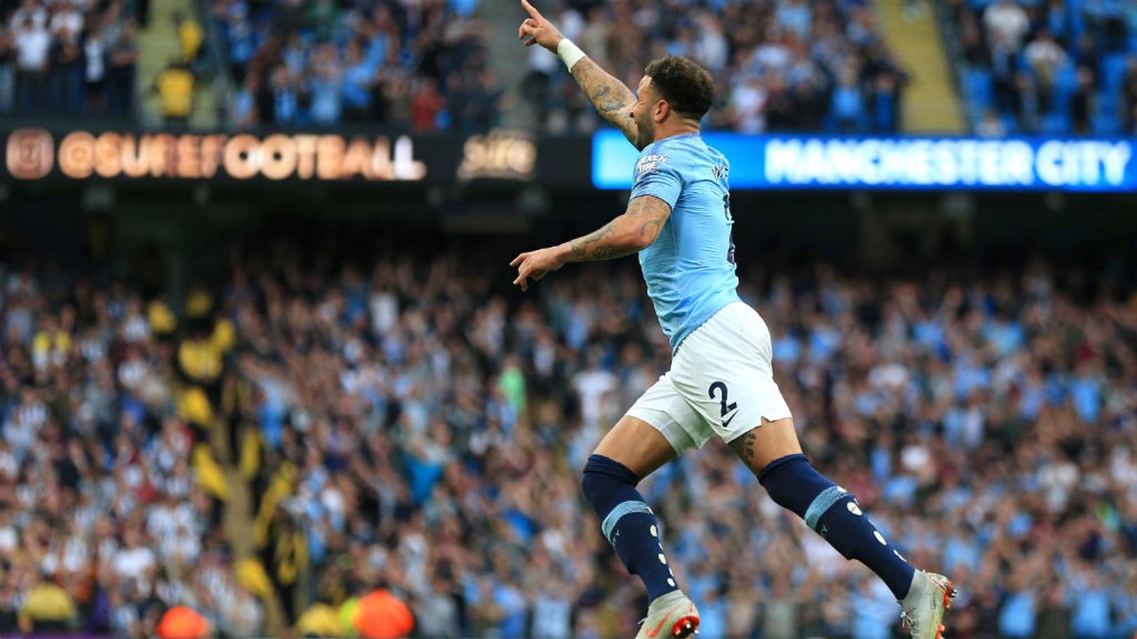WALKER: Autor do gol da vitória!