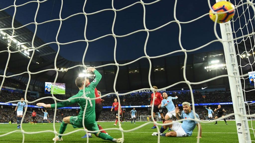 Man City domine et gagne le derby