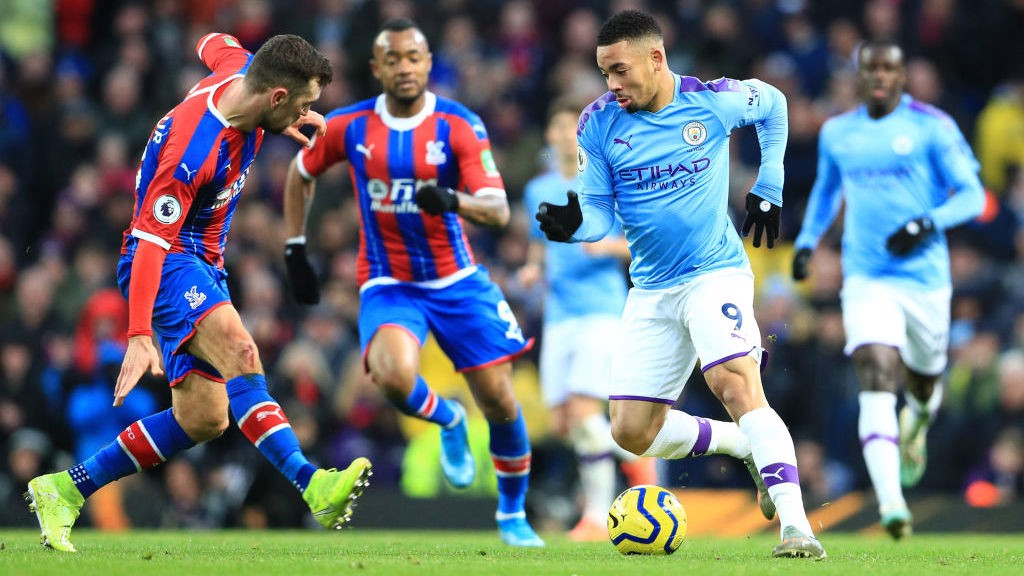 DANGER MAN: Substitute Jesus looks to breach the Palace defence.