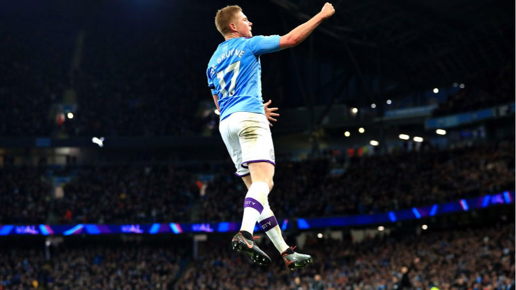 DE BRUYNE DELIGHT: Our brilliant Belgian clearly enjoyed his goal!