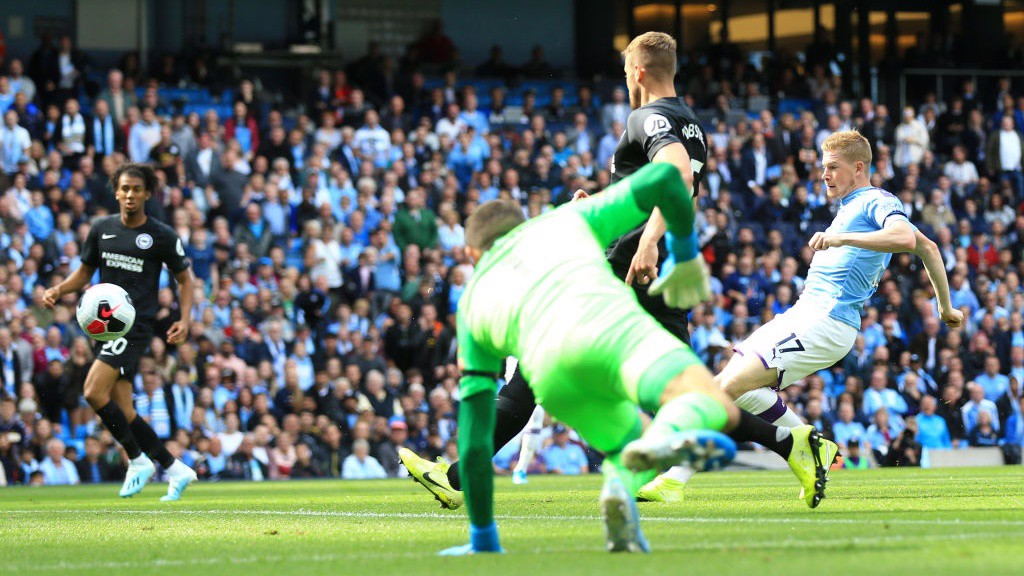MARKSMAN: Kevin de Bruyne scores after just 69 seconds.