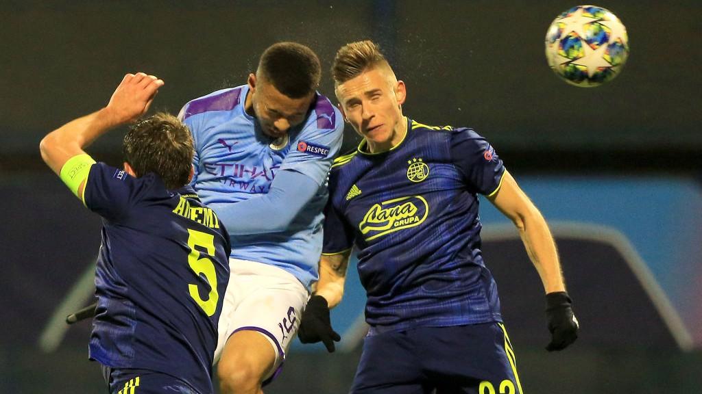 HEAD BOY: Gabriel Jesus melompat tinggi untuk buat gol penyeimbang City_