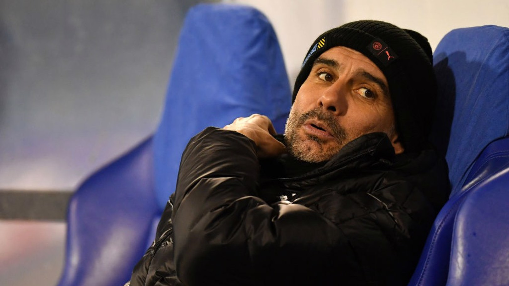 Pep Guardiola pasó frío en el banquillo de Zagreb.