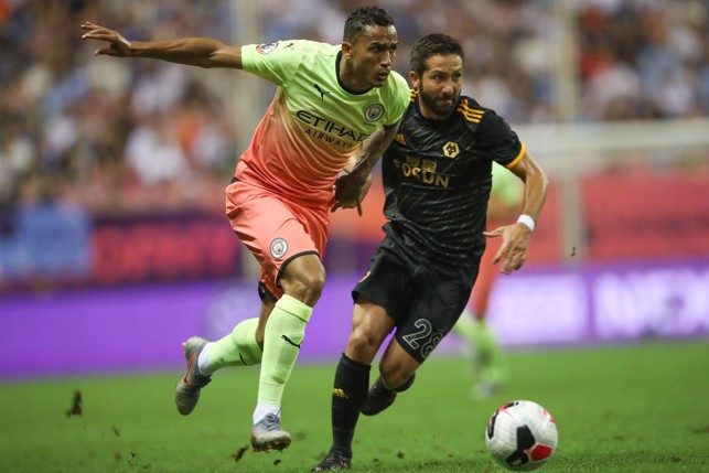 BATTLE: Danilo out strengths Moutinho