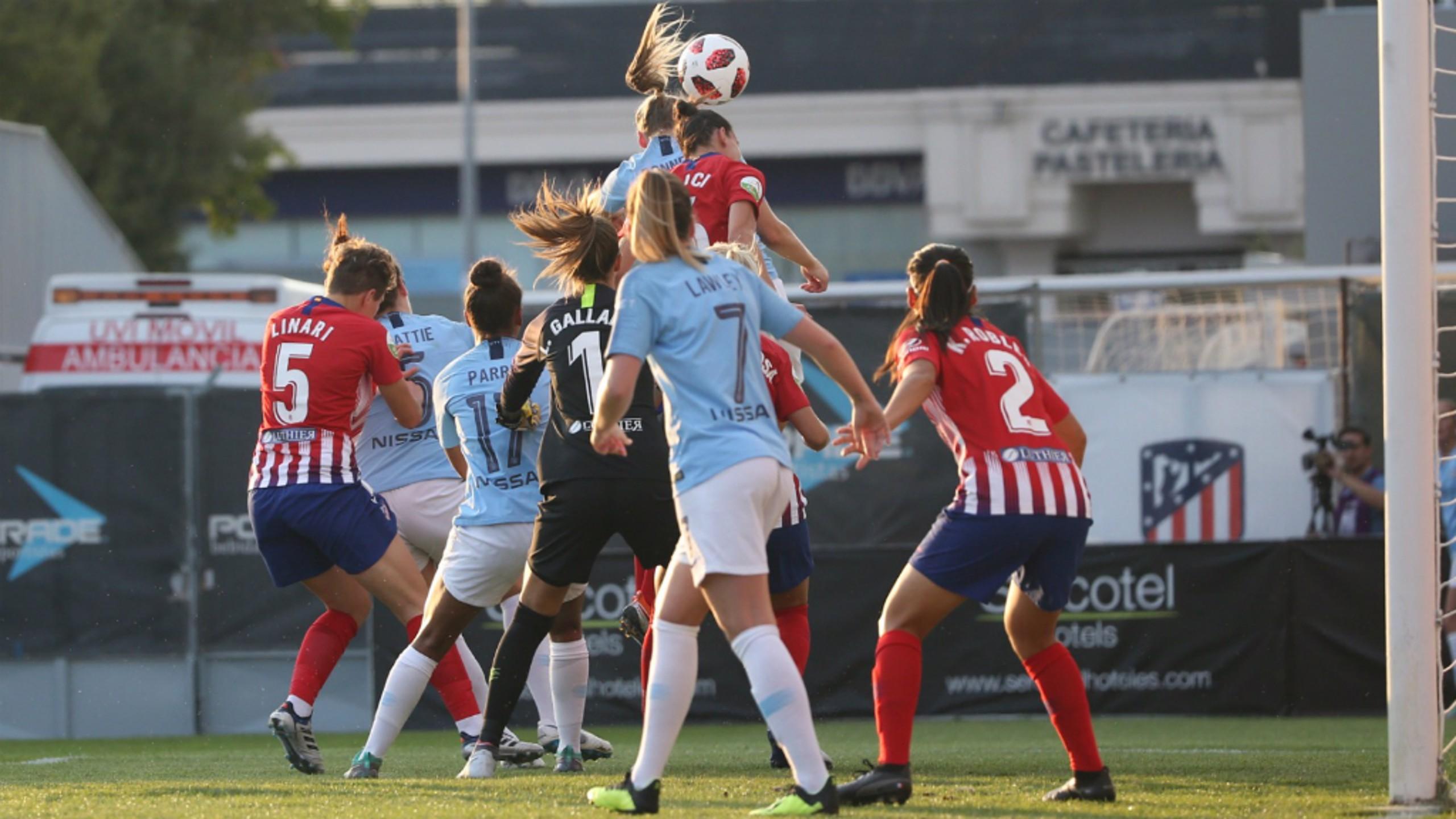 Gemma Bonner marcó su primer gol con la camiseta celeste.
