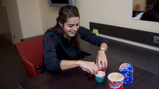 FOCUSED: Tessel Middag takes on the Russian Doll Challenge