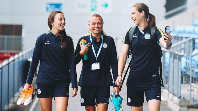 SMILES: KB, Caroline Weir and Claire Emslie go live on Instagram!