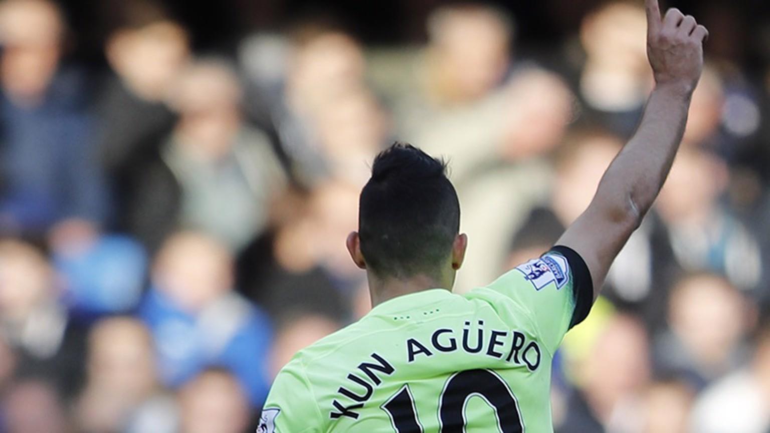 Aguero hat-trick destroys Chelsea