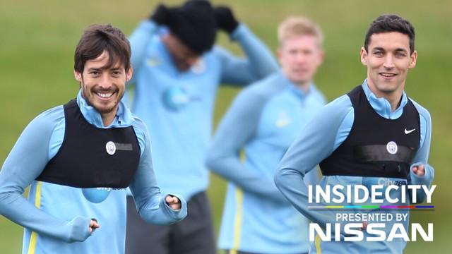 SPANISH SMILES: David Silva and Jesus Navas enjoying training