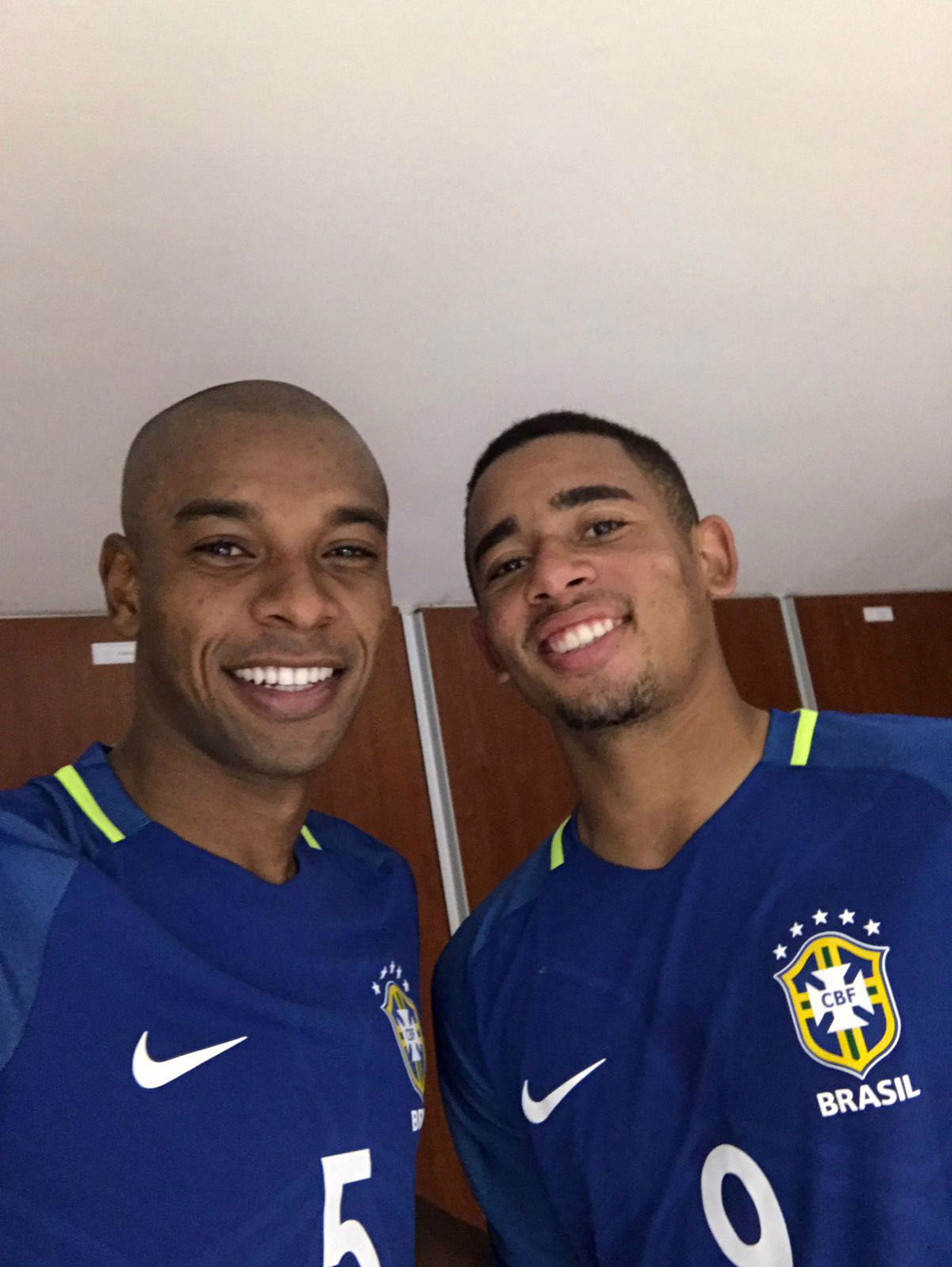 Fernandinho and Gabriel Jesus star for Brazil