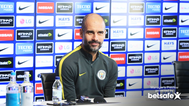 PEP PRESSER: Pep confirms that Gabriel Jesus is fit and ready to play.