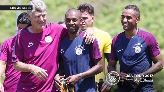 TRUE BLUE: Danilo with coach Brian Kidd