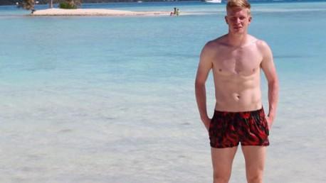Kartu pos: Kehidupan di pantai saat liburan