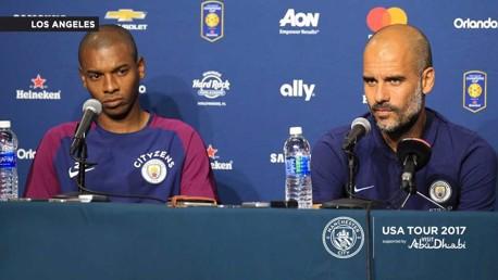레알 마드리드전을 앞두고 기자 회견을 가진 펩 과르디올라 감독과 페르난지뉴 선수
