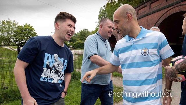 #NOTHINGWITHOUTYOU: Zaba takes a liking to this fan's t-shirt!