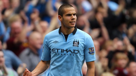 JACK'S BACK: Rodwell faces his old club on Sunday...