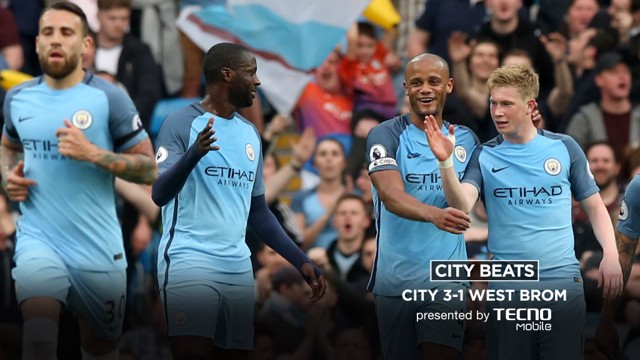 SUPER KEV: The team congratulate Kevin De Bruyne on his superb strike